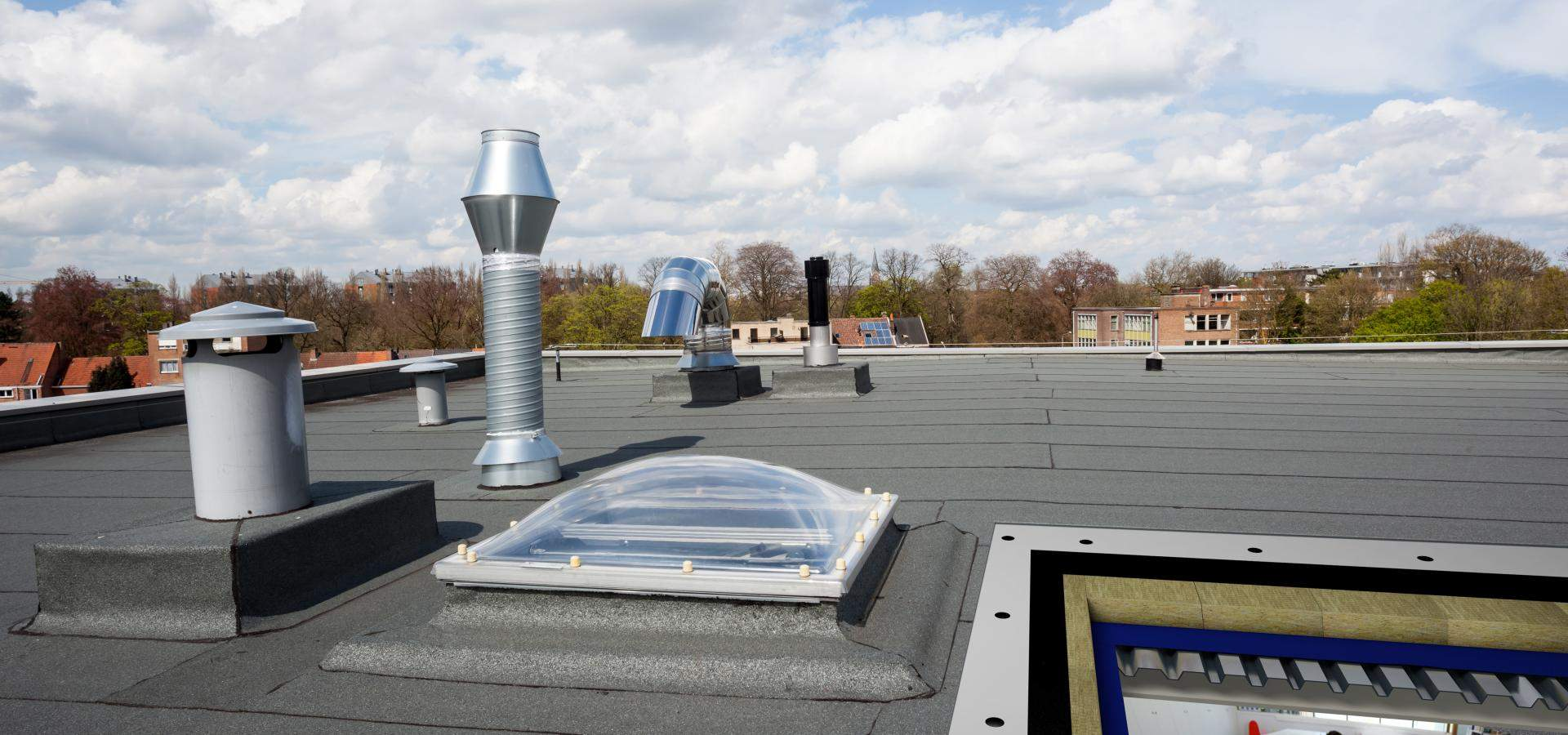 flat roof insulation cut away